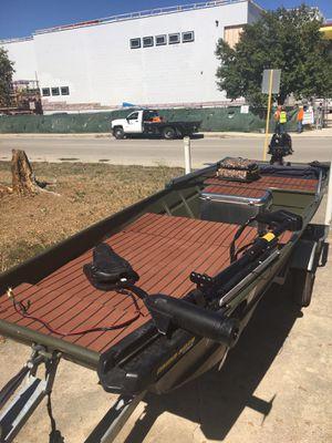 Aluminum jon boat for Sale in San Antonio, TX
