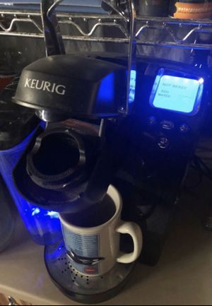 Keurig K70 1 cup Brewing system with Carousel 27 for Sale in Lynwood, CA