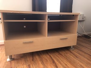 Wood TV Stand! Very heavy! for Sale in Fairfax, VA