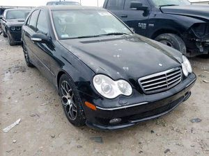 2006 MERCEDES W203 C230 2.5L FOR PARTS PARTING OUT C240 C320 C350 for Sale in Dallas, TX