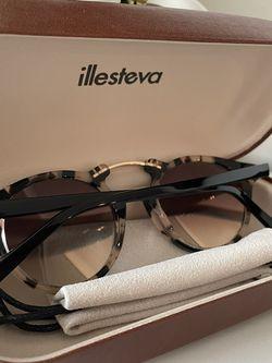 illesteva Sunglasses for Sale in Philadelphia,  PA