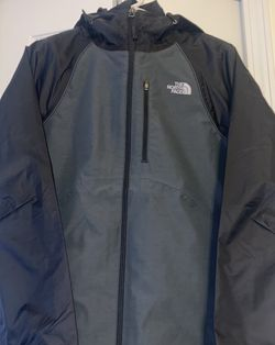 THE NORTH FACE Women's Cinder Triclimate 3-IN-1 Jacket Black NEW for Sale in Monroe,  MI