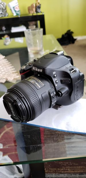 Nikon D5100 with micro lense camera used for Sale in Woodbridge Township, NJ
