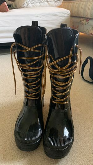 Steve Madden rain boots (size 10) for Sale in Naples, FL