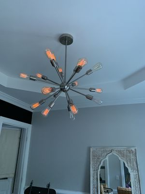 Chandelier in excellent condition for Sale in Cary, NC