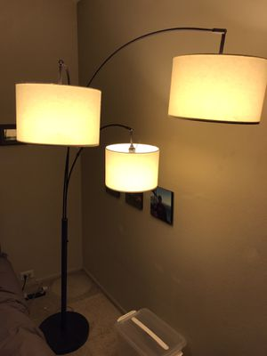 Beautiful 3-Light Floor Lamp for Sale in Beverly Hills, CA