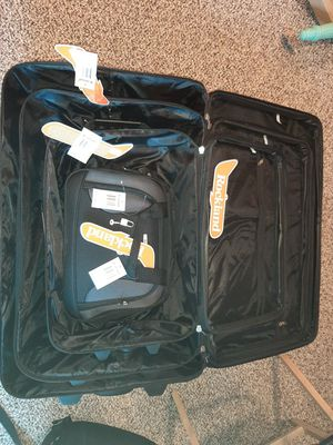Rockland 4 piece luggage set new for Sale in North Providence, RI