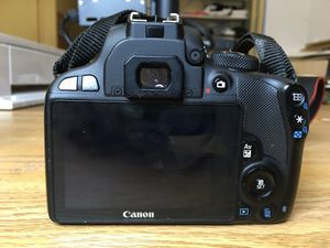 Canon EOS Rebel SL1 18 MP DSLR Camera w/ 18-55mm f/3.5-5.6 IS STM Lens #L8051 for Sale in Chesapeake, VA