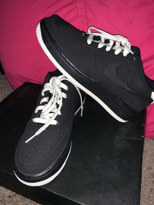 6Y black and white nike for Sale in Thornton, CO