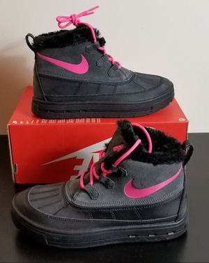 NIKE WINTER BOOTS size 5Y/6.5W for Sale in Alexandria, VA