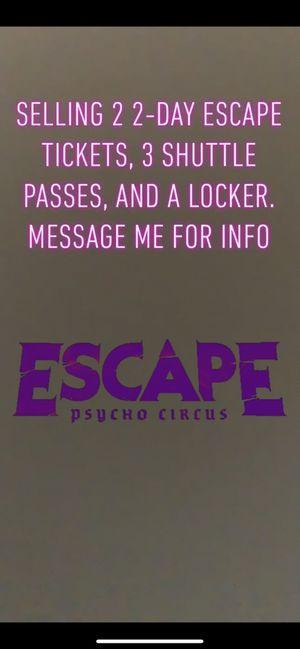ESCAPE PSYCHO CIRCUS BUNDLE. for Sale in Arcadia, CA