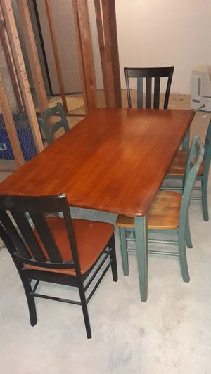 Nice dining room table for Sale in Tysons, VA