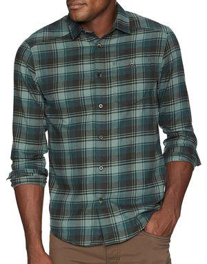 Under Armour Men's Tradesman Flannel size Medium for Sale in Tempe, AZ