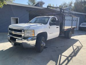 2009 CHEVY DIESEL FLATBED WORK TRUCK DURAMAX WORK TRUCK for Sale in Escondido, CA