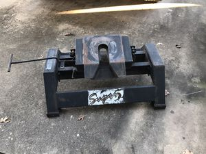 Fifth Wheel Trailer Hitch for Sale in Round Rock, TX