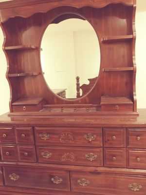 Matching dressor and headboard to fit queen or full for Sale in Severn, MD