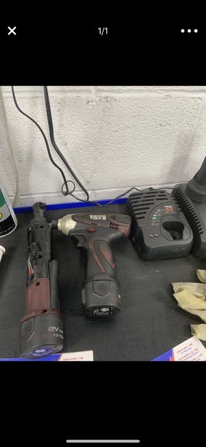 Matco 1/4 power ratchet and a bit power drill for Sale in Gaithersburg, MD