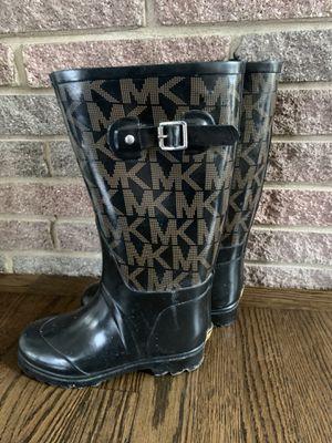 Warm rain boots Michael Kors size 6 for Sale in Hoffman Estates, IL