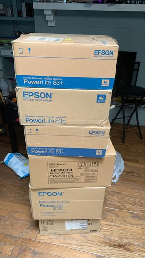 Lot of Epson, Hitachi, Sanyo projectors for Sale in Dallas, TX
