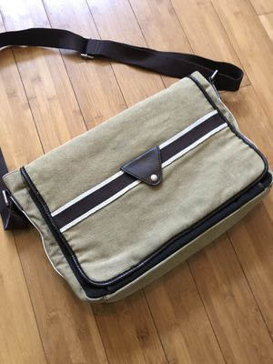 Men's FOSSIL cross body satchel bag for Sale in Lakeland, FL