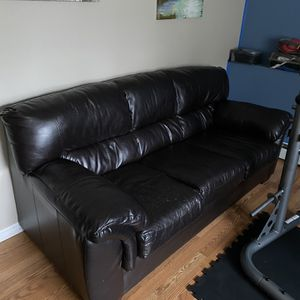 Free Sofa for Sale in Beacon Falls, CT