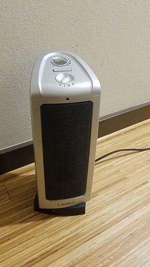 Lasko tower heating fan for Sale in Portland, OR