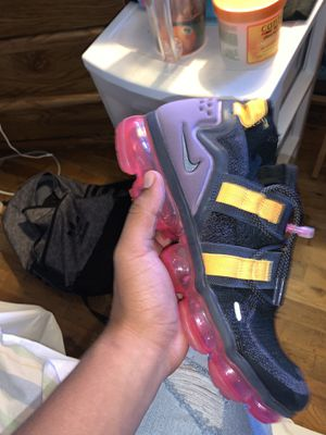 vapormax utility size 10 for Sale in Lacey, WA