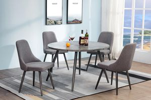 Ramsey round dining table for Sale in Houston, TX
