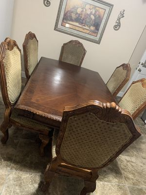 Kitchen table for Sale in Freedom, CA