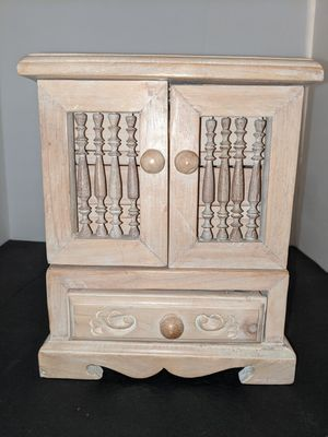Wooden Jewelry Box for Sale in Tacoma, WA