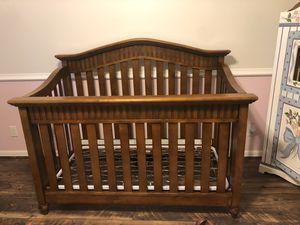 Baby Italia Cherry Wood Crib for Sale in Jupiter, FL