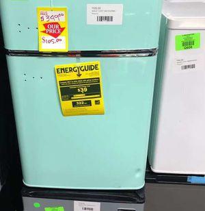 Magic Chef Mini Refrigerator HMCR320ME TPV for Sale in Spring, TX