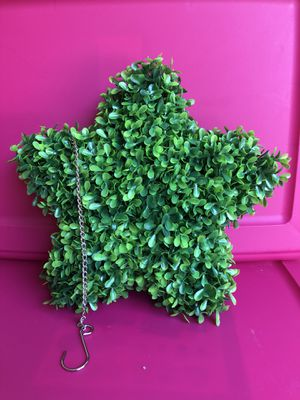 Artificial Boxwood Topiary Hanging Star for Sale in Splendora, TX