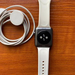 Iwatch Series 5 iPhone 11 iPhone 12 Pro max for Sale in Greenacres, WA