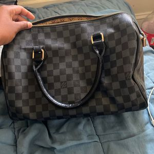 Louis Vuitton Bag for Sale in Baltimore, MD