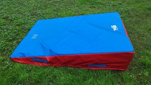 The Little Gym 6'×4' Cheese Incline Wedge Mat for Sale in Dundalk, MD