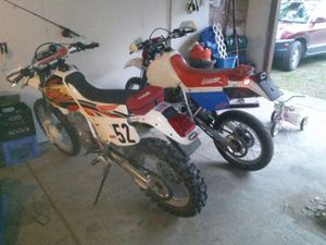 Twin xr 600r for Sale in Commerce charter Township, MI