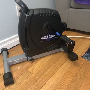 MagneTrainer-ER Mini Exercise Bike Arm and Leg Exerciser for Sale in Queens, NY