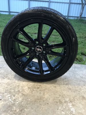 Mustang rims (only 1) for Sale in Miami, FL