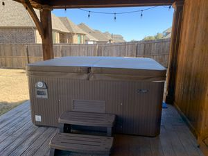 Beachcomber Hot Tub for Sale in Rockwall, TX
