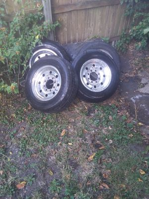 All four rims and brand new tires for a Ford F-250 for Sale in Columbus, OH
