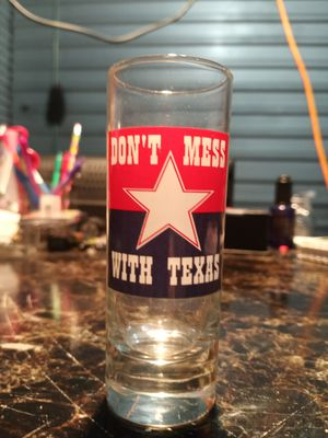 Don't Mess With Texas Collectible Shot Glass for Sale in Largo, FL