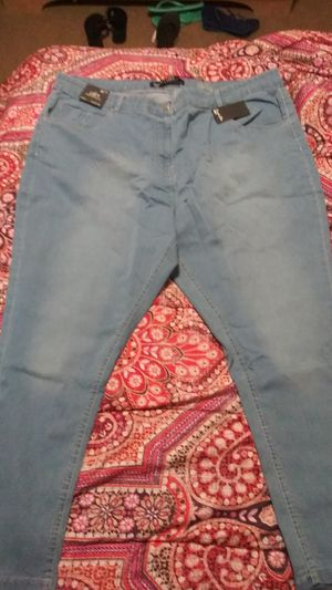 Women's BleachWash Skinny Jeans for Sale in Cleveland, OH