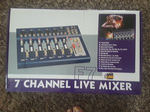 7 channel live mixer for Sale in Franklin, IN