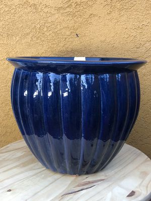 Plant pot for Sale in Ontario, CA