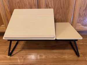 """Laptop Stand Folding Adjustable 9"""" x 21.5"""" x 12.5"""" for Sale in Turlock, CA"""