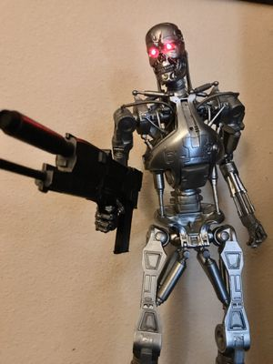 NECA 18-inch 1/4 Scale Terminator T800 Action Figure for Sale in Rosemead, CA