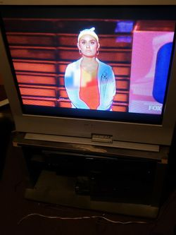 """Sony """"36"""" Wega TV with stand for Sale in Maplewood,  NJ"""