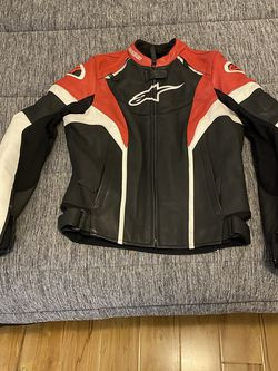 Womens Motorcycle jacket (small/medium) for Sale in Temple City,  CA