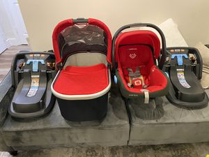 Uppababy Mesa car seat, bassinet, 2 bases, and infant insert. Worth $800! for Sale in Los Angeles, CA